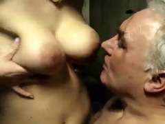 old military and 2 babes